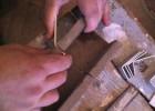 Przygotowujemy kształtki do mocowania ramy do okna.